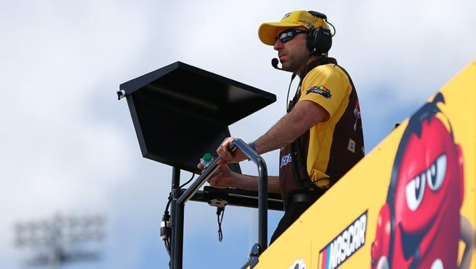 Experienced Championship 4 crew chiefs embrace pressure