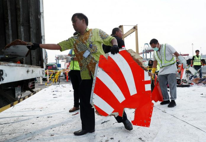 Exclusive: Red tape, funding problems hamper Lion Air black box search