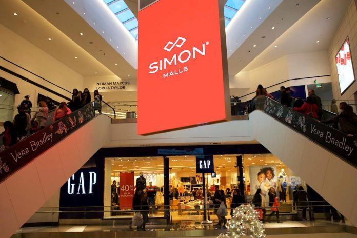 U.S. holiday shopping season best in six years: report