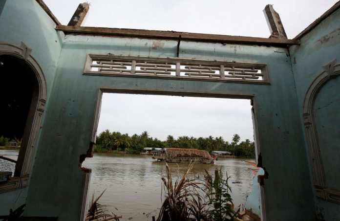 From Tibet to the 'Nine Dragons', Vietnam's Mekong Delta is losing sand