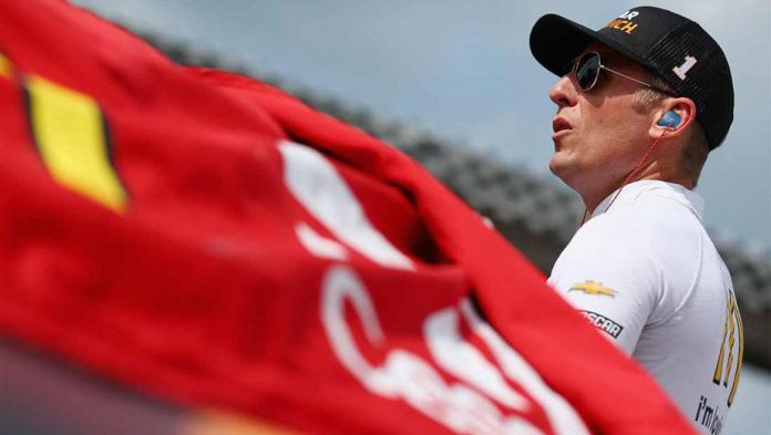 Jamie McMurray to compete in No. 40 for Daytona 500