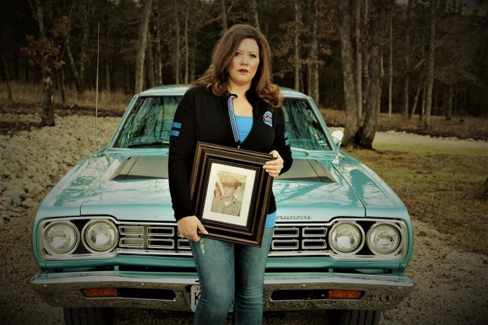 DAUGHTER HONORS DECEASED FATHER WITH DRAG RACING-THEMED COUNTRY SONG
