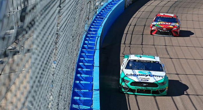 Ryan Blaney salvages third-place run at Phoenix
