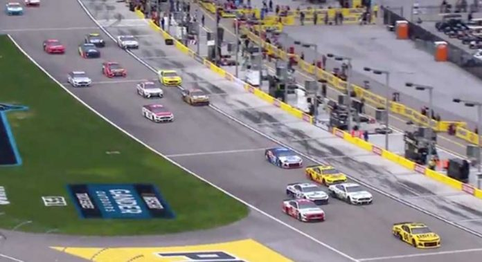 NASCAR to enforce pit-road speeding during qualifying