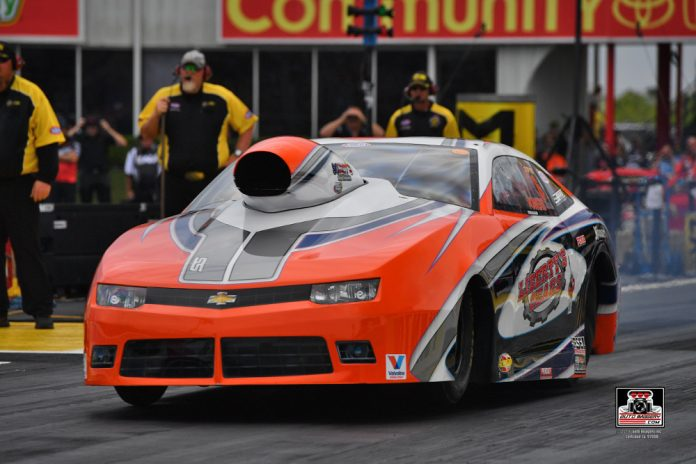 POWERS LEADS MOUNTAIN MOTOR PRO STOCK ON FRIDAY