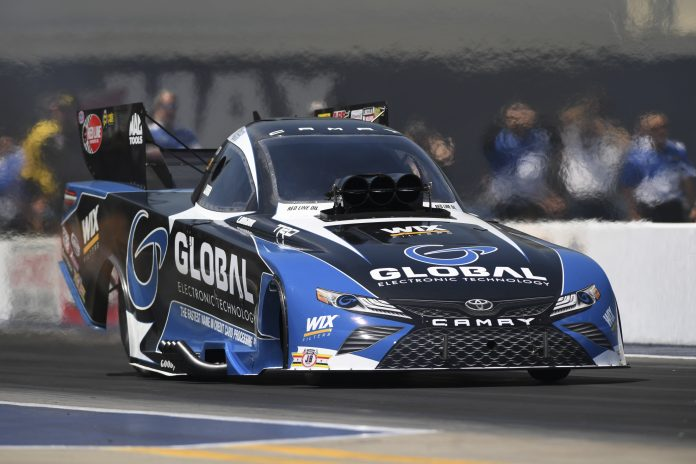 Langdon Gets First Funny Car Victory At NHRA Four-Wide Nationals