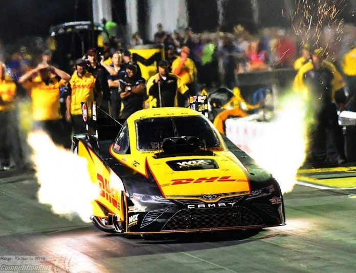 TODD, B. FORCE AND HINES LEAD QUALIFYING FRIDAY AT ARBY'S NHRA SOUTHERN NATIONALS