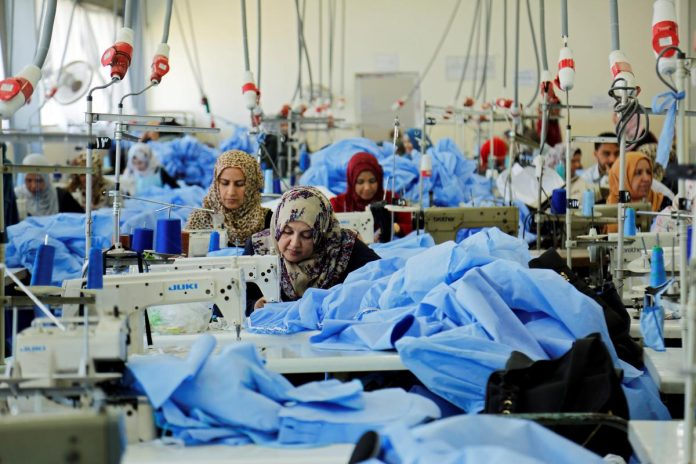 Widows of Iraq's war pick up the threads of fragmented lives