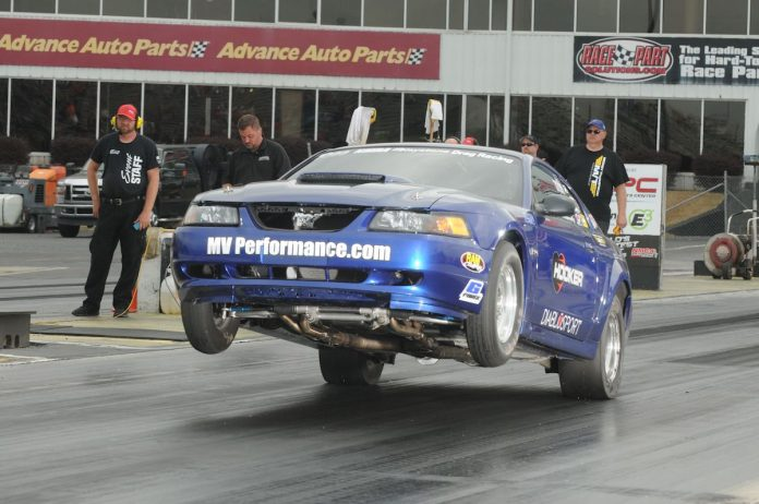 Tim Matherly Ready to Row Gears at NMRA Ford Gateway Rumble