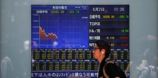 Asian shares near four-month lows on Huawei fallout fears