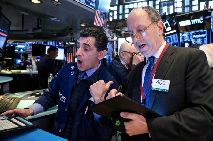 Wall Street slides on fears of likely U.S.-China tech cold war