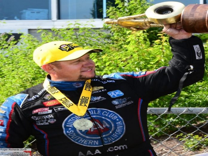 S. TORRENCE AND HIGHT VICTORIOUS AT THE NHRA HEARTLAND NATIONALS