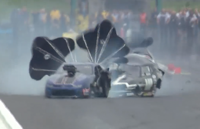 Todd Tutterow And Steve Whiteley Rub Fenders At 200+ MPH