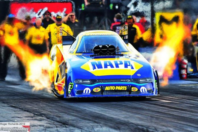 RON CAPPS SETS QUALIFYING PACE IN FUNNY CAR AT NORWALK