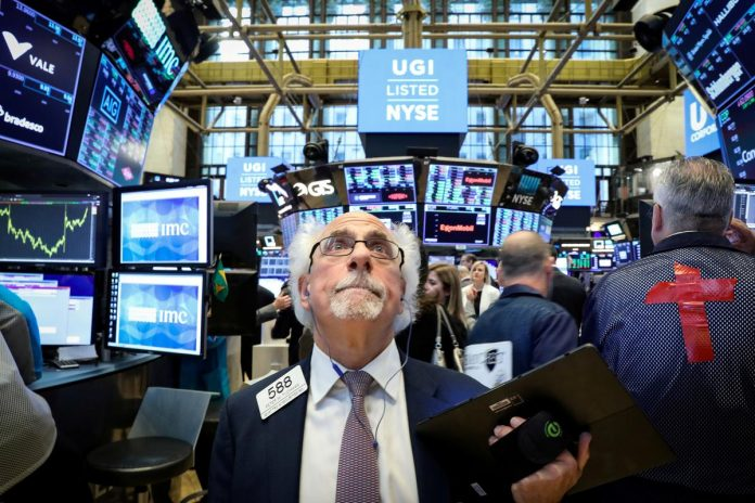 Stocks drop as trade tensions threaten earnings