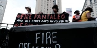 Hundreds protest in New York after police officer avoids charges in chokehold case