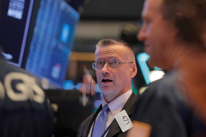 Wall Street higher ahead of manufacturing report