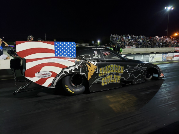 MIDDENDORF CRASHES AT FUNNY CAR CHAOS