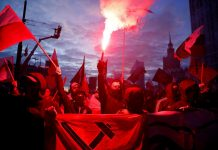 Polish far-right groups march on independence anniversary