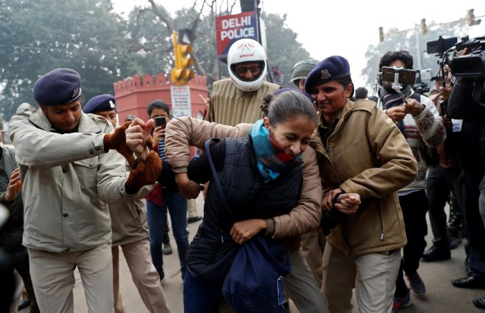 Indian police detain protesters against citizenship law as ban imposed