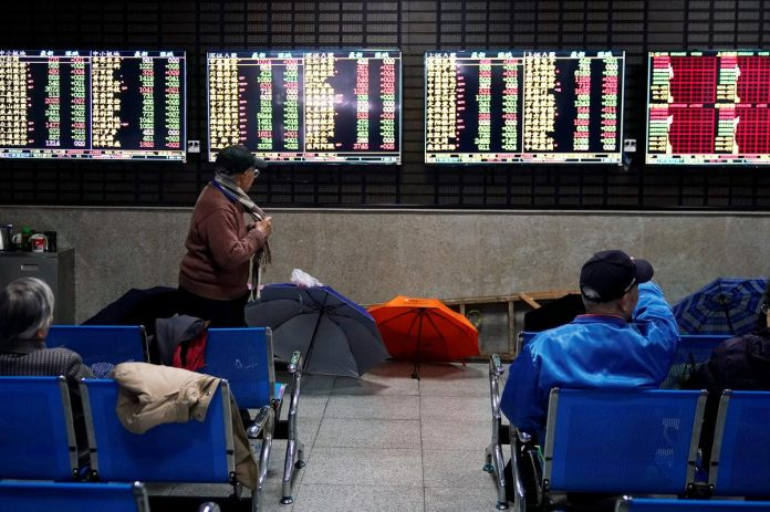 Asia stocks find footing as China markets recoup some losses
