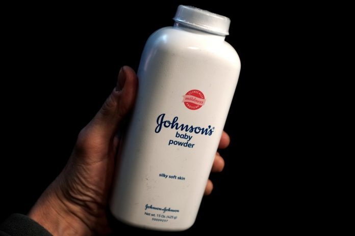 U.S. government experts, industry spar over asbestos testing in talc