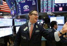 Wall Street bounces after virus-driven selloff