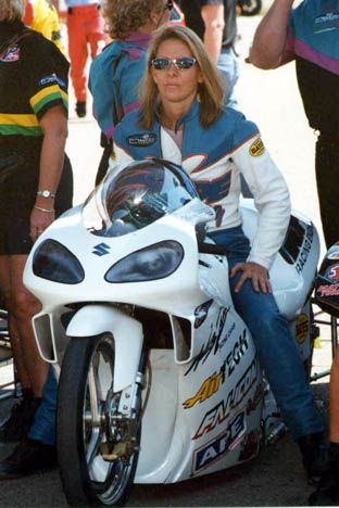 KAREN STOFFER RETURNS TO ACTION WITH WHITE ALLIGATOR RACING