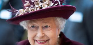 UK's Queen Elizabeth last saw PM Johnson on March 11, is in good health