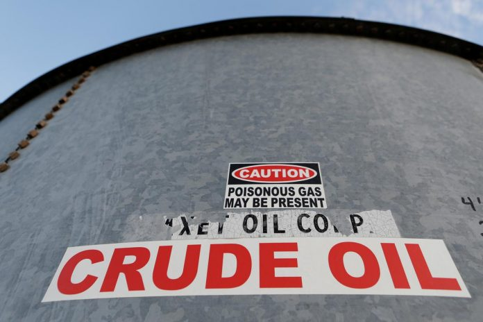 Record oil output cuts fail to make waves in coronavirus-hit market