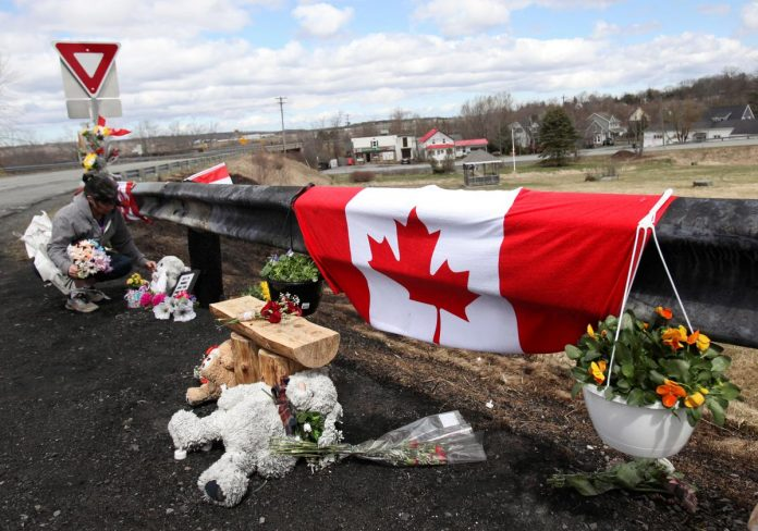 Canada police face criticism for poor communication during mass shooting