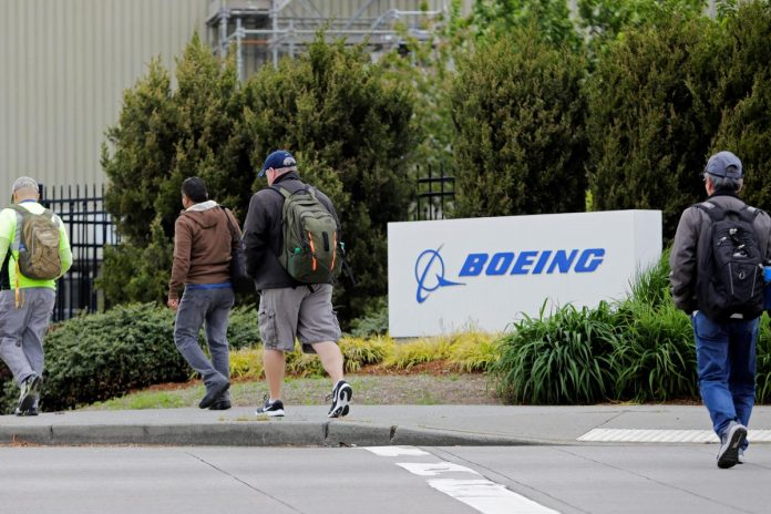 Proxy advisers recommend Boeing shareholders vote against key board members