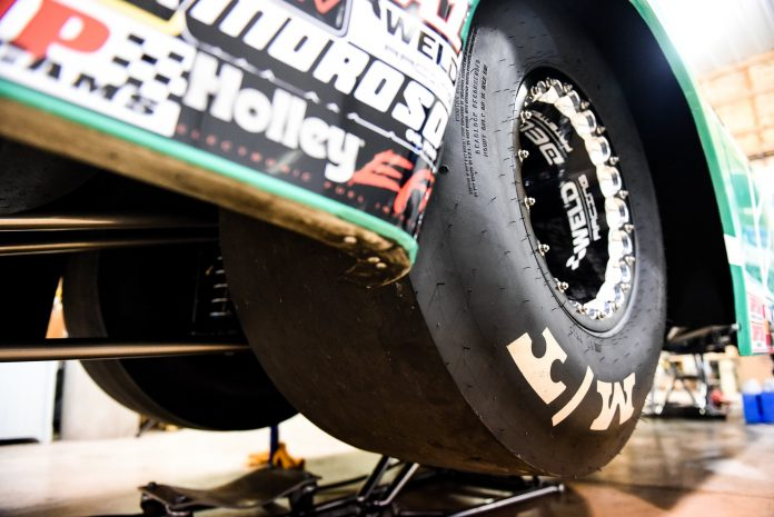 Why Drag Racers Are Stretching Their Drive Tires