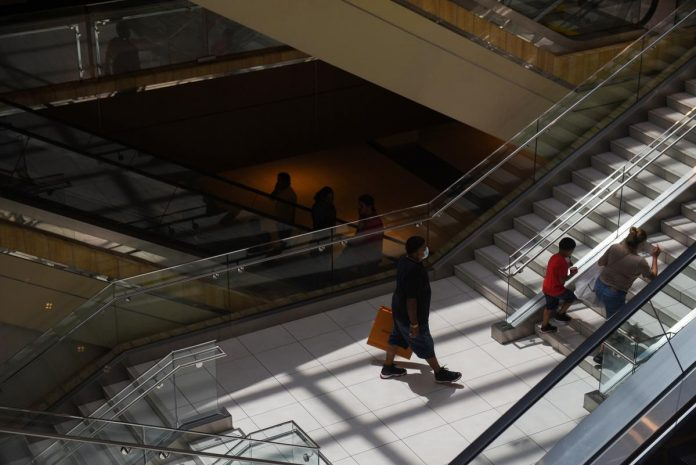 Texas back in business? Barely, y'all, as malls, restaurants empty