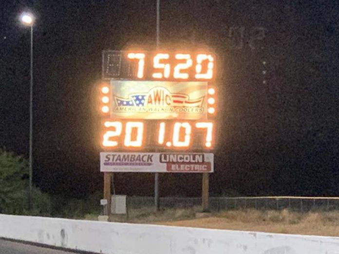 ELECTRIC DRAGSTER TOPS 200 AT TUCSON DRAGWAY