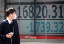 Japan shares reach 10-week high, look past Sino-U.S. tension