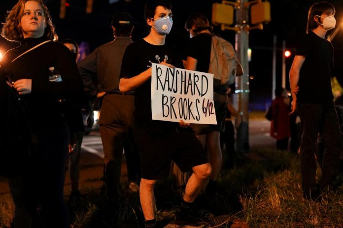 Atlanta prosecutors hope to persuade jury to second-guess officer who shot Brooks