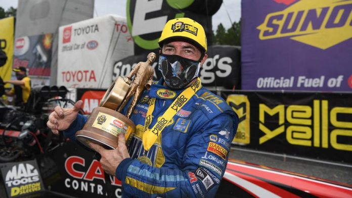 CAPPS JOINS EXCLUSIVE FUNNY CAR FRATERNITY WITH GATORS WIN
