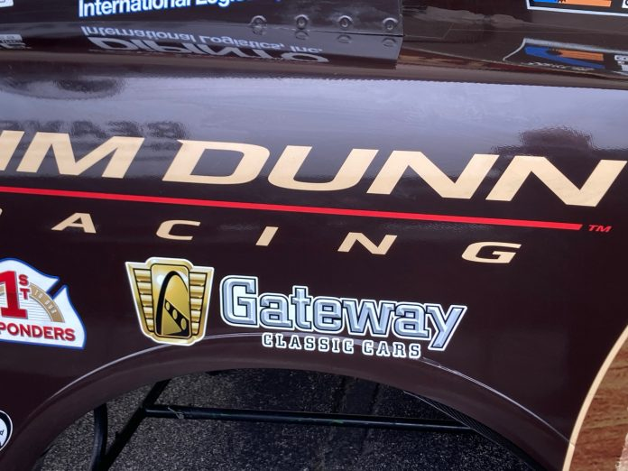 GATEWAY CLASSIC CARS EXTENDS PARTNERSHIP WITH JIM DUNN RACING