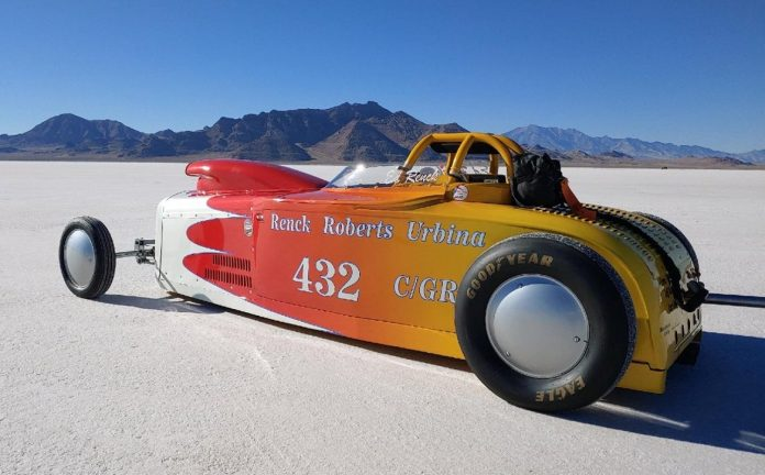 ED RENCK BREAKS C GAS ROADSTER CLASS WORLD RECORD AGAIN